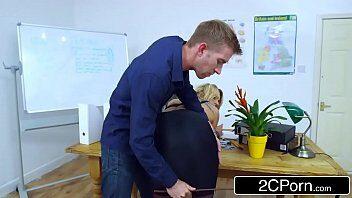Brittany Bardot Porno - Video de sexo Brittany Bardot