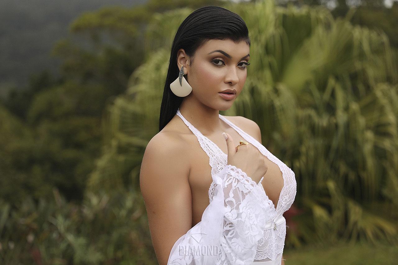 Adrielly Silva Nua Pelada