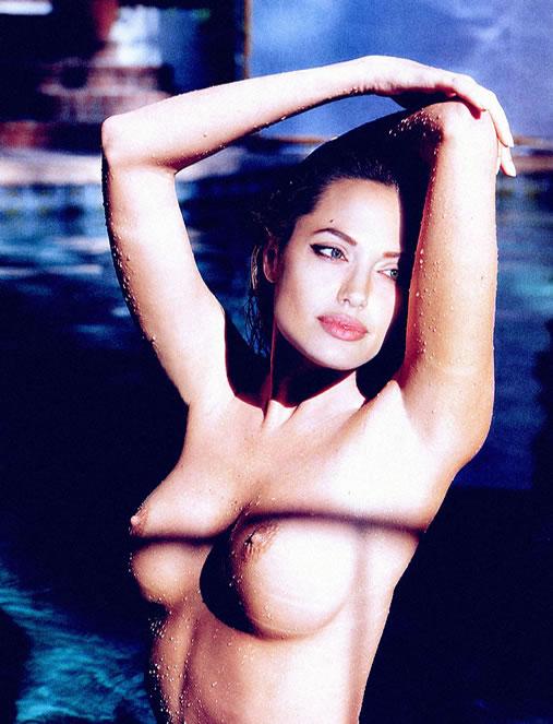 Angelina Jolie Nua e Pelada