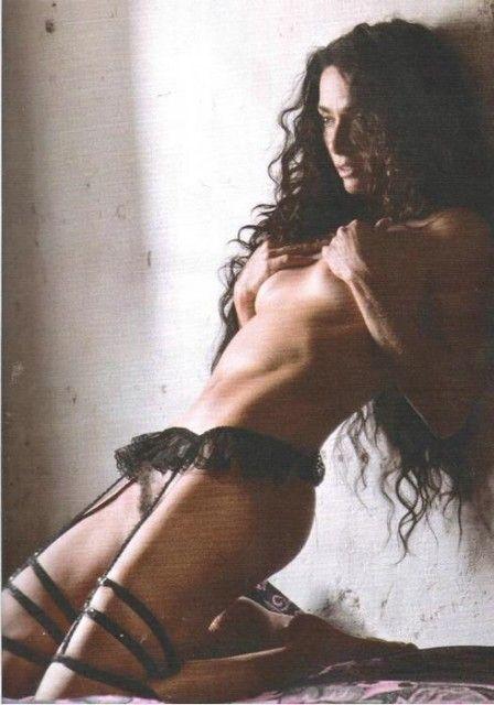 Cláudia Ohana Nua