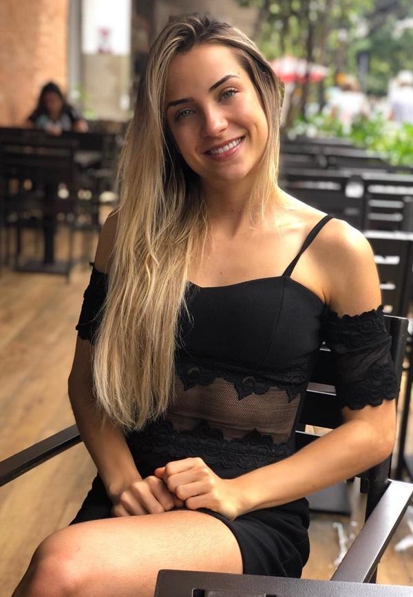 Gabi Martins Nua Pelada