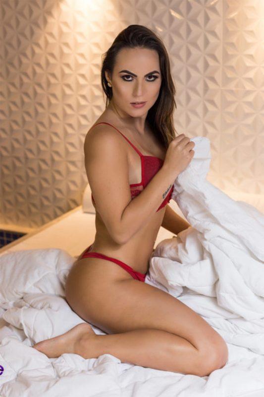 Laís Baltieri Siqueira Nua