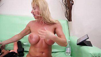 Lara De Santis Porno - Video de sexo Lara De Santis anal